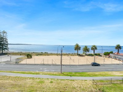 Photo for Fabulous Sea Views Right in the Heart of Victor Harbor