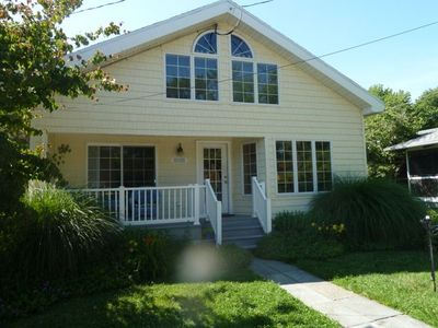 Photo for Charming & Spacious Beach House w HOT TUB just 2+ Blocks to Beach & Bay