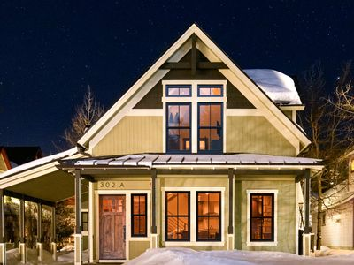 Photo for Remodeled Victorian in Heart of Downtown, Walk to Gondola: Zephyr Chalet