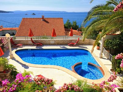 Photo for Seaside house with a swimming pool Seget Vranjica (Trogir) - 4329