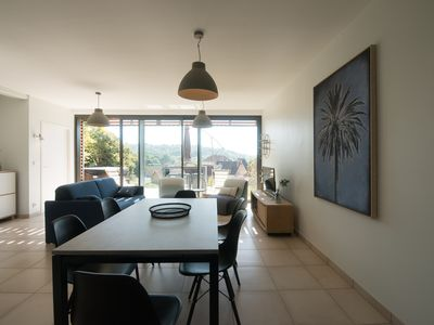 Photo for Apartment 4/6 pers with free parking and private jacuzzi