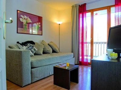 Photo for Surface area : about 30 m². Living room with bed-settee. Bedroom with double bed