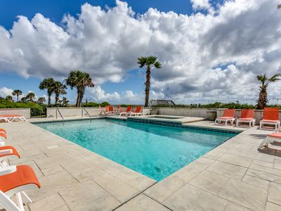 "Photo for ""Under The Sea"" (formerly ""Eagles Nest"") Oceanfront w/ Huge Pool & Hot Tub!"