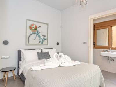 Photo for Brand New Modern Apt with Sea View 3 bdrooms, 3 bthrooms, sleeps 6