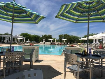 Peninsula Club Resort near Rehoboth/Lewes- wave pool, adult pool, kayaks, etc