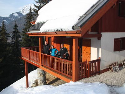 Photo for Luxury detached 12-person chalet, few steps from the slopes in heart Alpe d'Huez