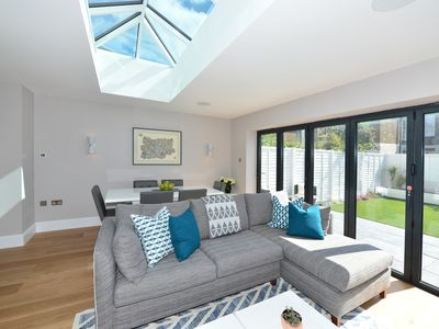 Photo for Beautiful Modern 4 bedroom house in Fulham, Sleeps 9 (Veeve)