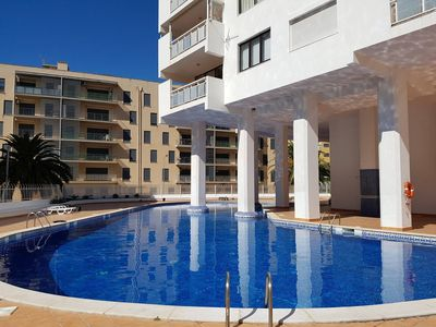 Photo for Apartment with a swimming-pool in Algarve