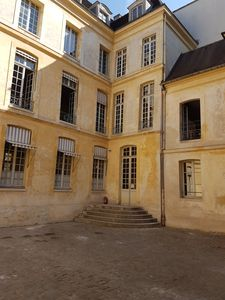 Photo for central New Marais facing a quiet park free wifi Picasso Museum St. Paul / 6