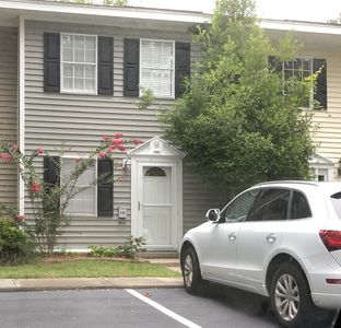 Photo for Charming Mt. Pleasant Townhome - pet friendly with parking & free WiFi