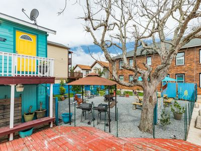 Photo for Dog-friendly seaside studio - close to the beach and local attractions