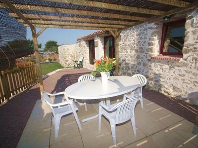 Photo for The house 5 people - 2 bedrooms with pool in Vendée