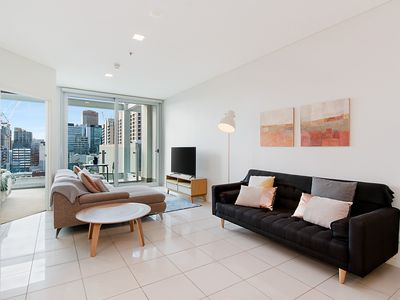Photo for Stylish and comfortable, views over Gouger St!