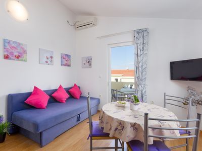 Photo for Modern cozzy apartment with private parking and barbecue, close to the beach