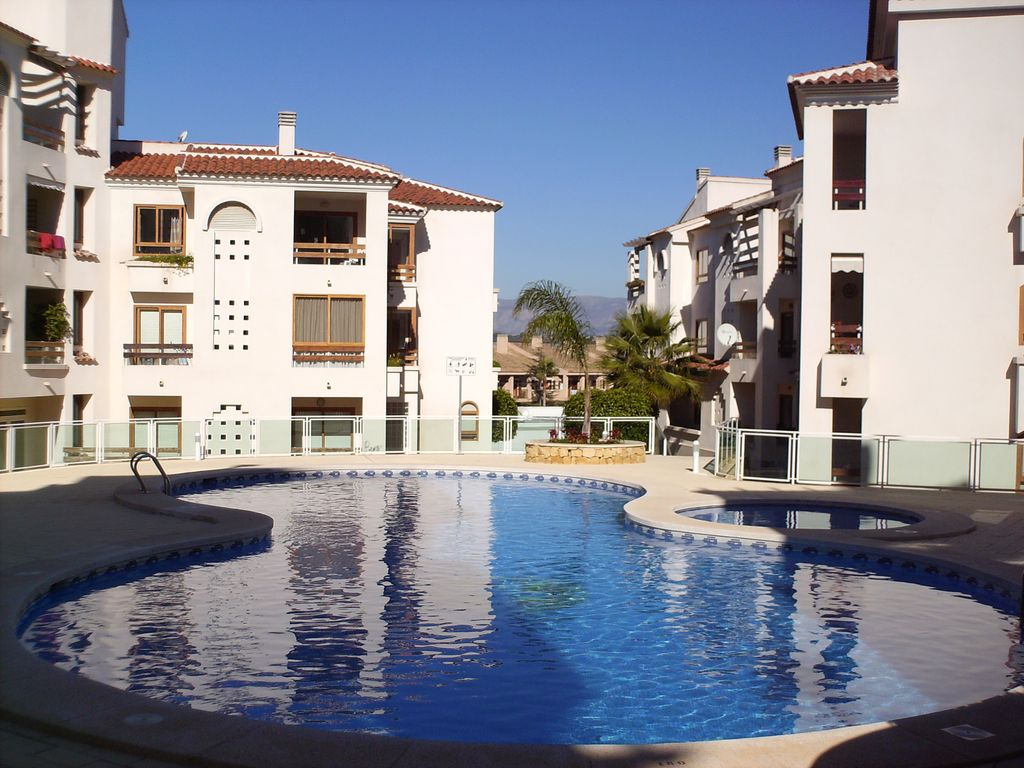 Beautiful apartment with balcony and homeaway l 39 alf s for Beautiful apartment balconies