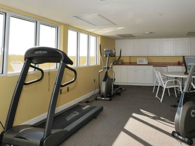 Photo for Comfortable Gulf Front Condo w/ 2 Beach Chairs Included, Near Dining