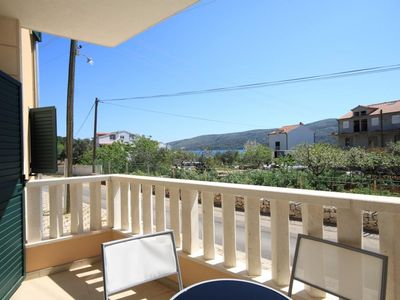 Photo for Three bedroom apartment with terrace Poljica (Trogir)