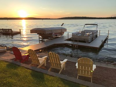 Photo for Exclusive Pewaukee Lake House ~ Includes Kayaks!