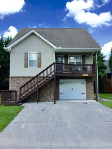 Haymon Hideaway. Newly updated 4BR/3Bath Rental.  Ideal Location in Pigeon Forge