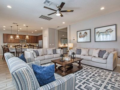 Photo for Luxury 6  bedroom suites, 10 minutes from Disney