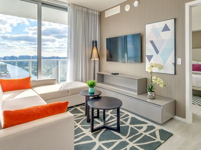 Photo for BrandNEW 2019 SUITE Amazing Ocean Views, 21stFloor