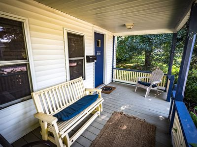 Photo for Cozy PSU Cottage - walk to campus