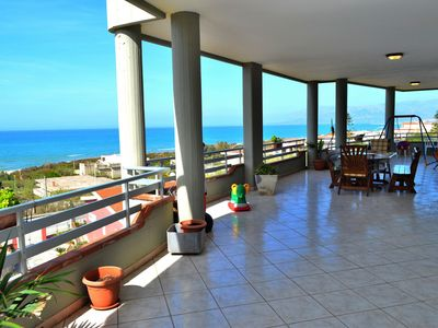 Photo for Beautiful apartment up to 7 people wiyh seaview