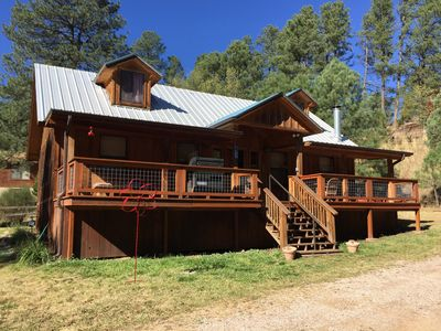 Photo for Centrally located. Close to mid-town and the heart of Ruidoso. Shops galore.