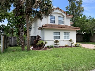 Photo for New Listing - Private House 4 Bedroom / 3 bath - Ft Lauderdale