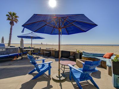 Photo for On the Sand Luxury Oceanfront /Waterfront Home W/ Rooftop 3 Bedroom suites 4 Bth