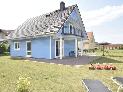 Photo for Close to the beach 4-room holiday house with terrace and sauna