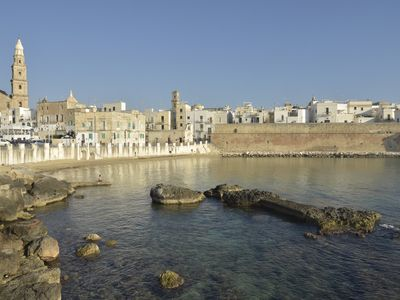 Photo for Nice flat in the heart of Monopoli - sea view