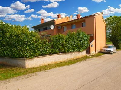 Photo for Holiday apartment Valbandon for 4 - 5 persons with 2 bedrooms - Holiday apartment