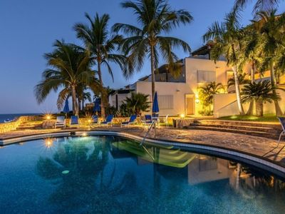 Photo for Luxurious And Cozy Ocean View and Petfriendly  Property
