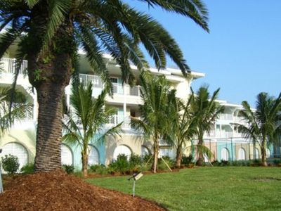 Photo for Sea'n'Sand Beachfront at La Costa with Tennis Court, Pool, BBQ & Elevator