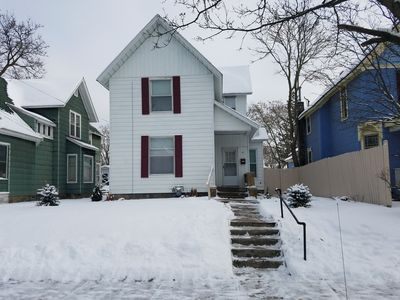 Photo for Downtown 2-Story Cottage