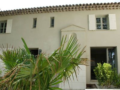 Photo for Apartment in a beautiful Aix bastide A0