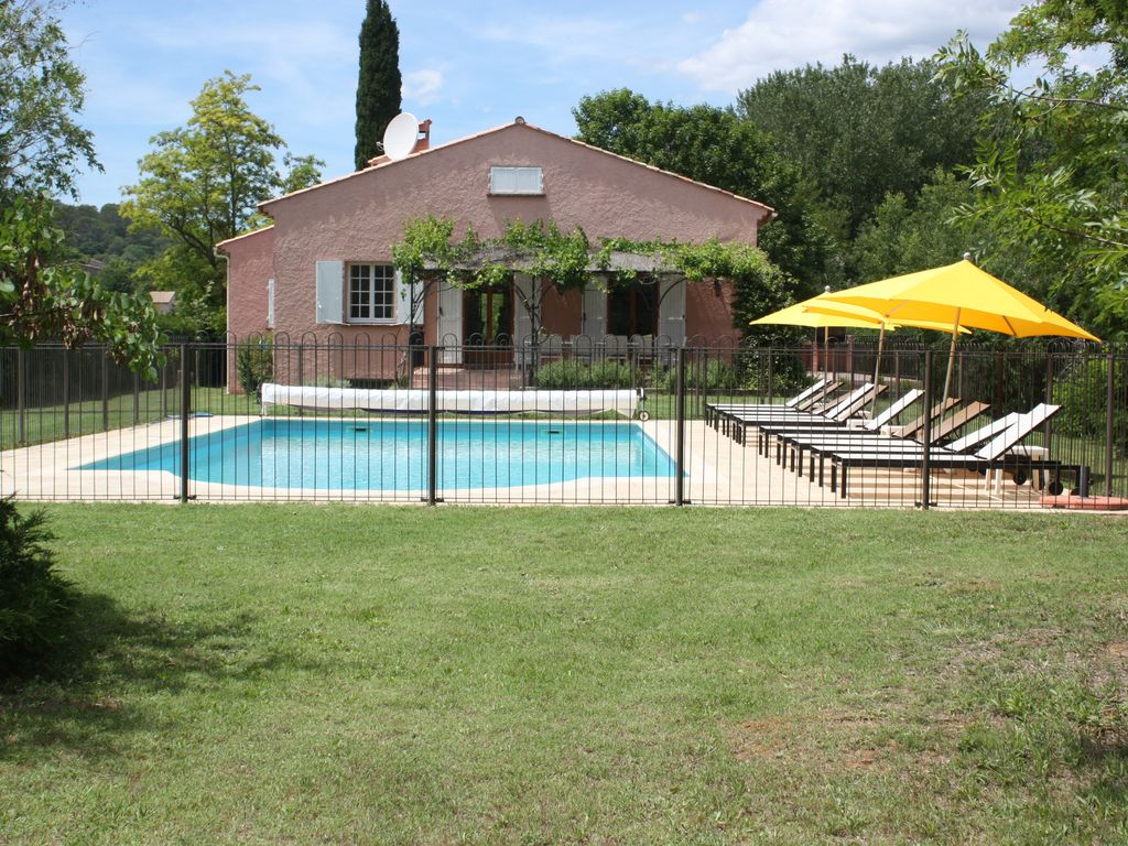 Property Image#1 A Spacious Villa In Provence, Near Lorgues, With Large  Heated