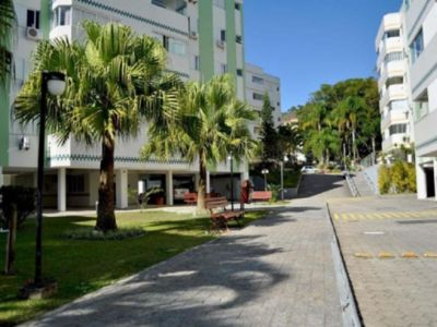 Photo for Condo apartment with easy access to beaches and downtown