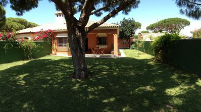 Photo for Villa quiet area near the beach of La Barrosa