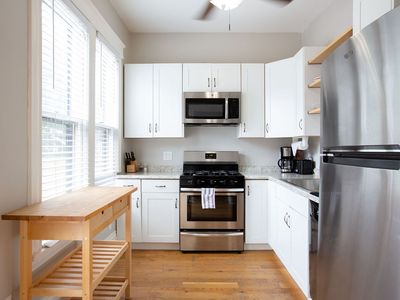 Photo for Families+Sleeps 13+1.5ba+CityLife+Parking+Laundry!