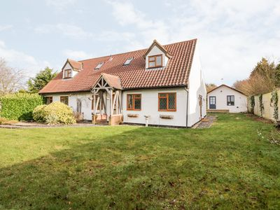 Photo for West View Cottage, LINTON, CAMBRIDGESHIRE