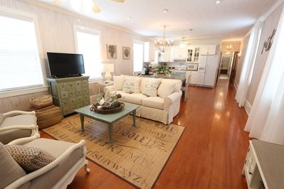 Family room with plenty of seating for everyone!