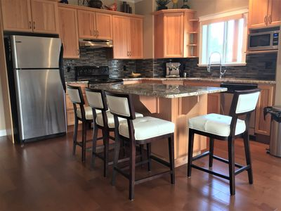 Photo for Dog Friendly 3 Bedroom 2 Bath Condo - Licensed by City of Penticton