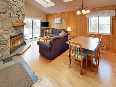 Photo for Cozy 3BR w/ Private Balcony, Grill, heated Pool, Hot Tub & Gym