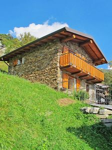 Photo for Vacation home Casa Crevegno  in SAN NAZZARO CO, Lake Lugano - 4 persons, 2 bedrooms