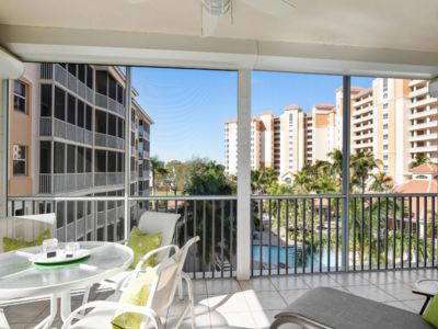 Photo for Beautiful Regatta Condo w/ Updates, Short Walk to Vanderbilt Beach