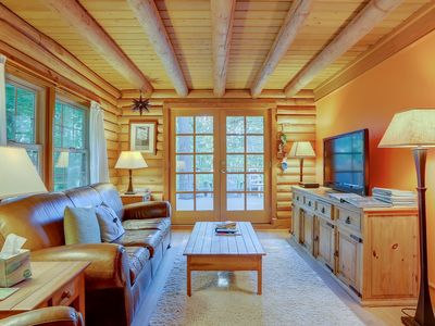 Photo for BAJA NORTE - Cozy log cabin, perfect for a winter getaway!