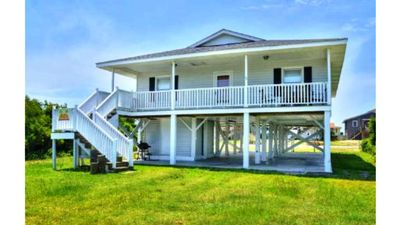 Photo for Beautifully Furnished-Short Walk to BEACH!4 Bdrms/2 Bath Ocean VIew Home Sleeps9