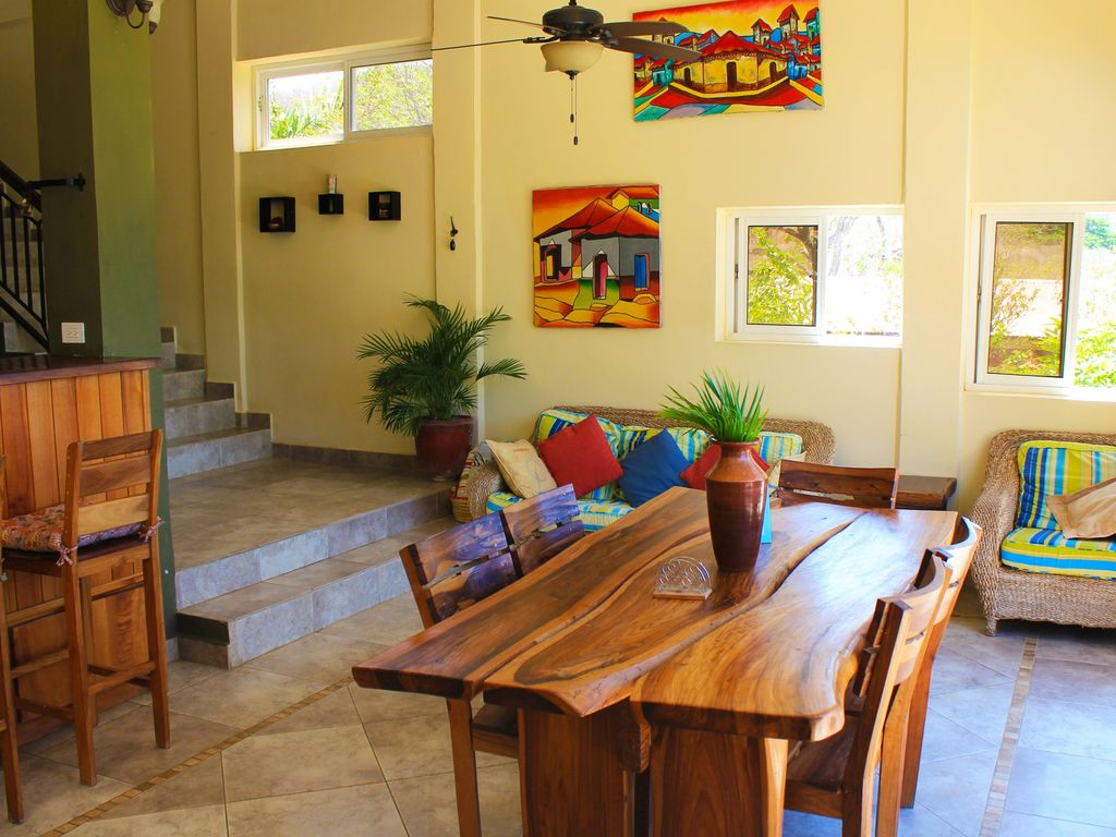 Luxurious Residence In San Juan Proper No Car Needed Maid